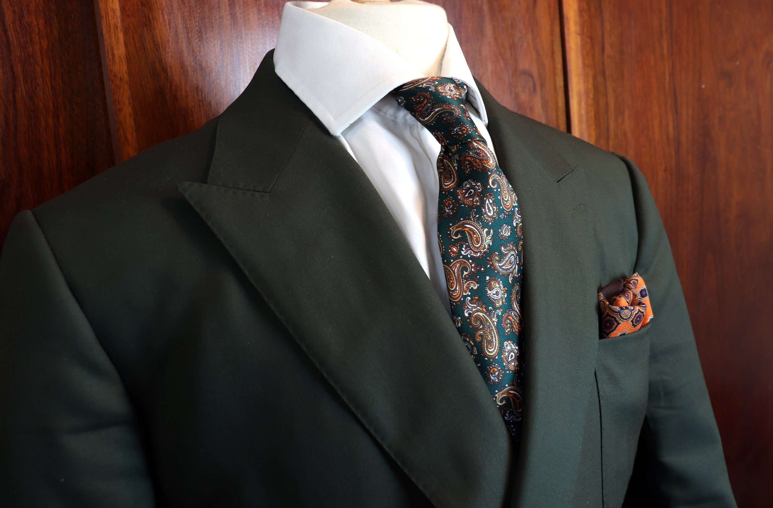 olive-double-breasted-two-piece-tailored-suit